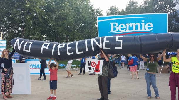 NH Dem Conv pipeline protest
