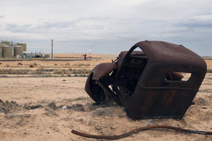 shale wreckage